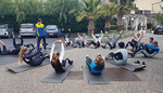 Quick core exercises in front of the hotel between breakfast and sailing